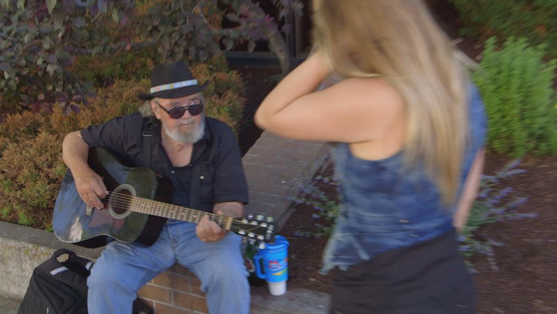Finding My Father Bonus 108: Talking to Buskers