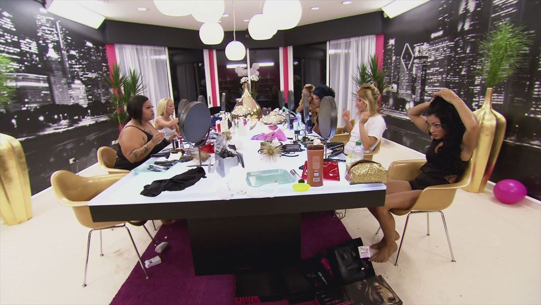 BGC Chicago Sneak Peek 1204: Surprise Diamonds