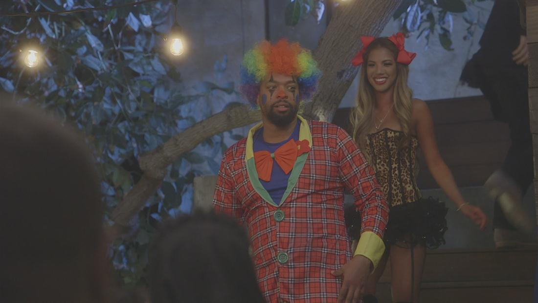 Living with Funny Sneak Peek 101: Clowning Around